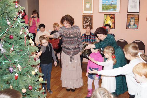 Новогодние елки для детей4 a