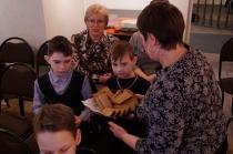 Школьники на программе о блокадном Ленинграде_11