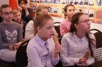 Школьники на программе о блокадном Ленинграде_12