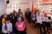 Школьники на программе о блокадном Ленинграде_8
